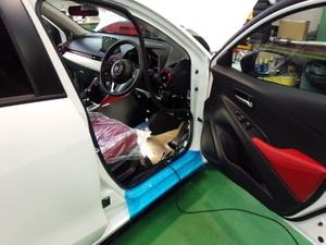羽村市S様 弊社販売車 新車 DJ5FS デミオ クリーンディーゼル ETC 取付作業