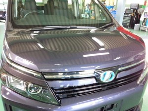 福生市A様 新車 ZWR80G ヴォクシー HYBRID Rmcガラスコーティング施工