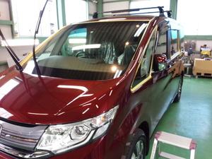 青梅市O様 新車 RP2 ステップW G'ZOXハイパービュー ウインドウ撥水コーティング施工作業
