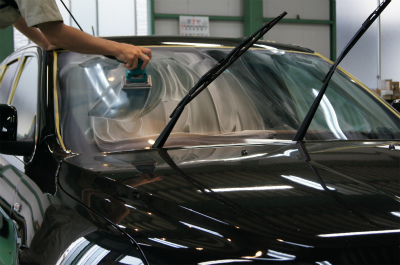東京都立川市 車 クライスラー ジープ ウィンドウ撥水コーティング