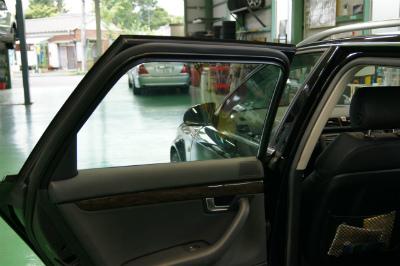 東京都羽村市W様 車 アウディ A4アバント 断熱フィルム施工