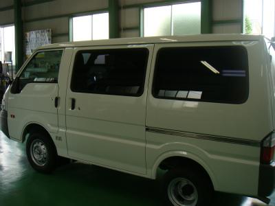 東京都羽村市A様 新車 ボンゴ カーフィルム施工 NS-008 ピークスモー
