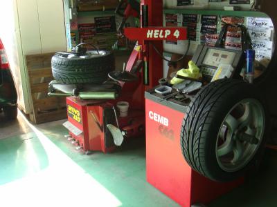 東京都青梅市E様 FD3S RX-7 タイヤ交換 DL ディレッツァDZ101 235/45R17 255/40R17