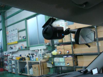 東京都羽村市S様 弊社販売車 新車 スイフトスポーツ YUPITERU ドライブレコーダー取付