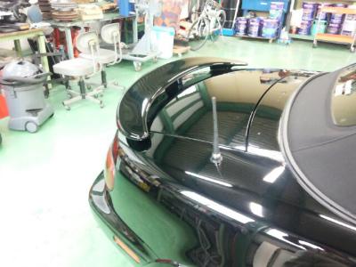 東京都青梅市T様 弊社販売車 NA8C ロードスター リアスポイラー取付 再塗装
