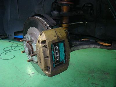 西多摩郡W様 RX-7 FD3S PMU(プロジェクトミュー)LEVEL MAX900i ブレーキパッド 交換