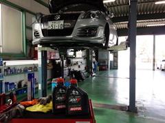 立川市A様 ZC32S スイフトスポーツ 法定12か月点検 エンジンオイル交換 MOTUL 300V HIGH RPM 0W20 ¥3600-/1L
